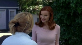 Desperate Housewives 02x15 : Thank You So Much- Seriesaddict